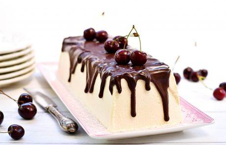 עוגת מוס קוקוס ושוקולד