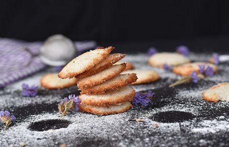עוגיות קוקוס מארבעה מצרכים ו- 10 דקות הכנה