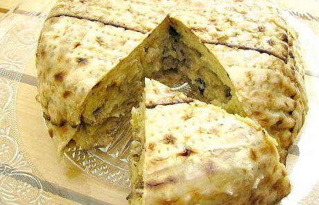 פשטידת מצות בשכבות פירה, כבד עוף ופטריות או אינטרפרטציה לפאי רועים