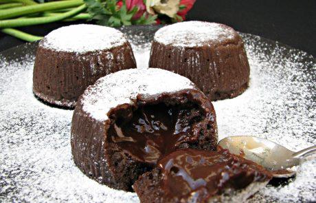 סופלה שוקולד מטריף או הר געש שוקולדי