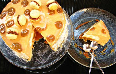 עוגת מוס אלפחורס של פיית העוגיות ויומולדת שמחחח לאדירוש