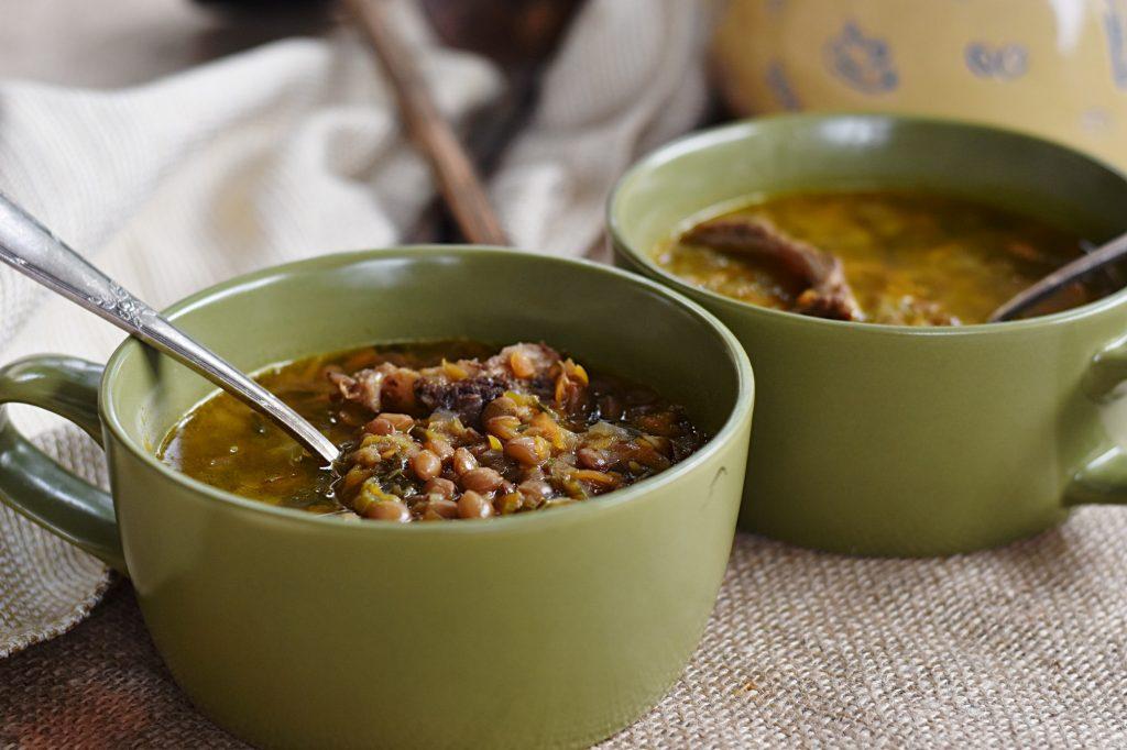 מרק עדשים מחמם ומנחם - טעים ובריא