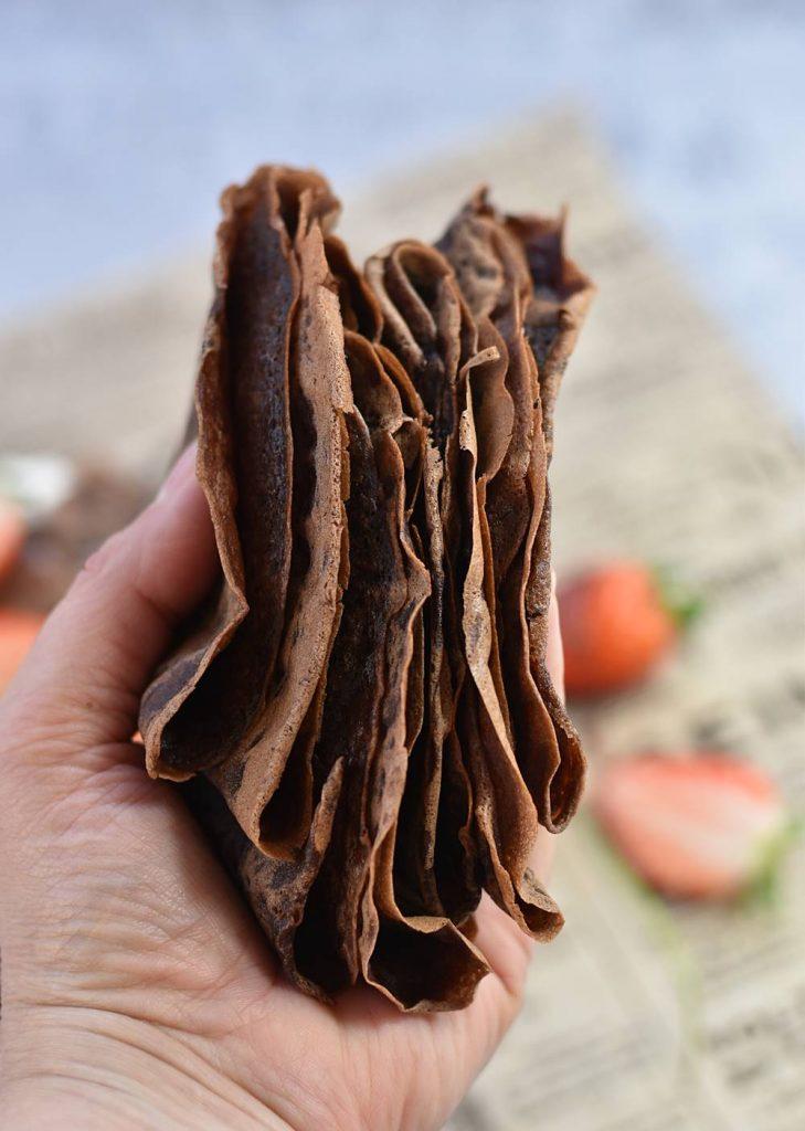 קרפ שוקולד, קצפת ותותים