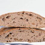 לחם כוסמין ללא לישה עם אגוזים (ללא מיקסר)