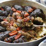 עלי סלק ובצלים ממולאים בשר ואורז