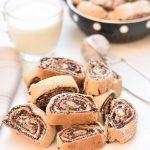 עוגיות תמרים ופקאנים מגולגלות הכי טעימות בעולם!