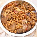 תבשיל בשר וגרגרי חומוס פיקנטי