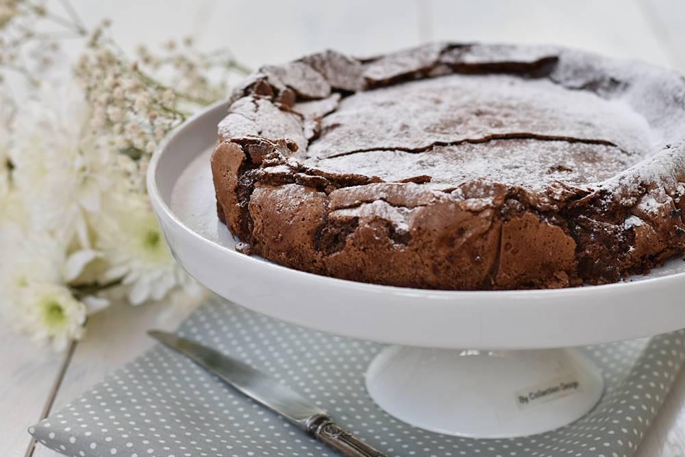 """עוגת פאדג' שוקולד כשל""""פ (פרווה)"""
