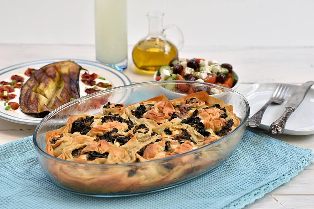 מאפה גבינות ותרד יווני - ספנקופיטה