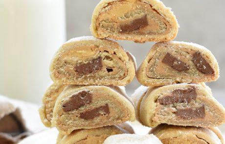 עוגיות מגולגלות עם חמאת בוטנים ושוקולד