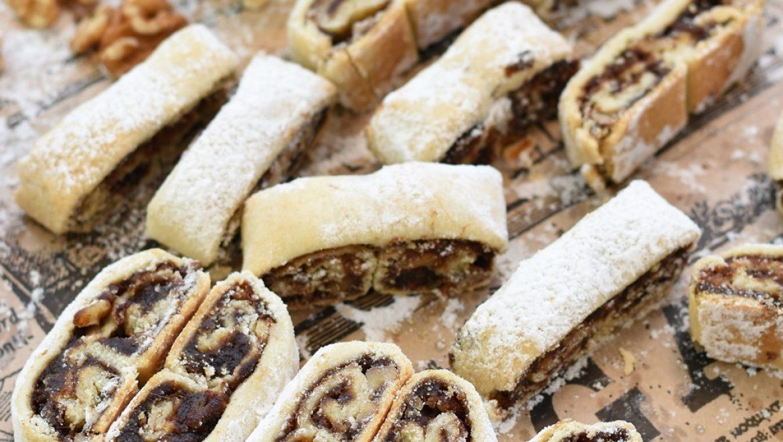 עוגיות תמרים מגולגלות בסגנון אזני פיל