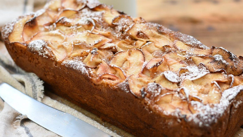 עוגת תפוחים וסילאן חגיגית (פרווה)