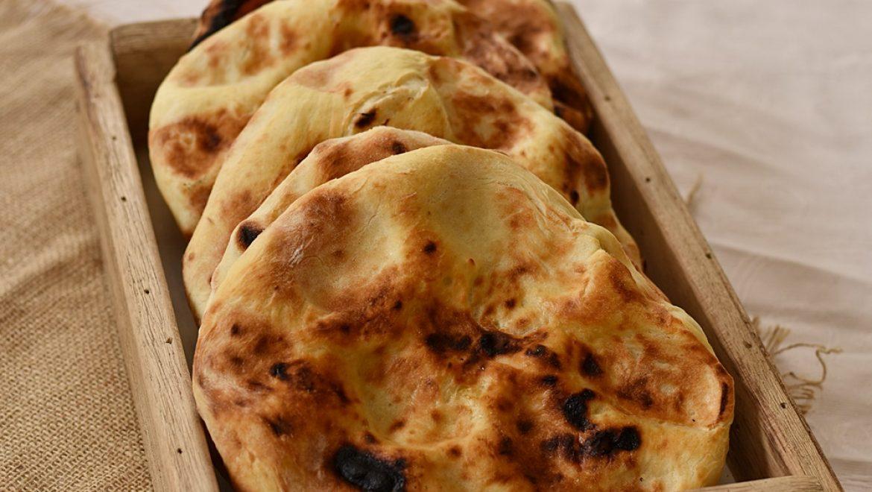 לחם מרוקאי – פרנה אפוי על חלוקי נחל