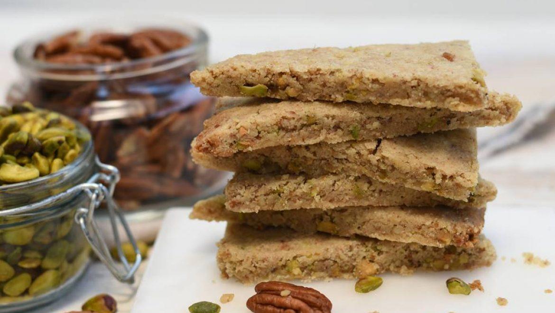 עוגיות שורטברד פיסטוקים ופקאנים