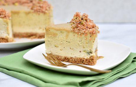 עוגת מוס קוקוס ומוס פיסטוק
