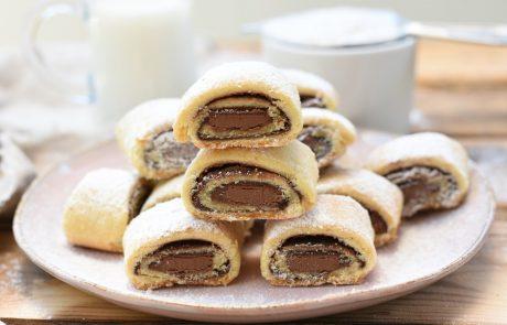 עוגיות מגולגלות עם נוטלה וקוביות שוקולד חלב