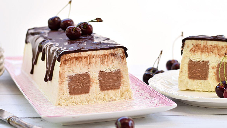 עוגת מוס קוקוס ושוקולד חלב