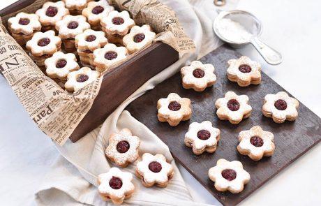 עוגיות פרח ריבה עם ריבת פטל ביתית