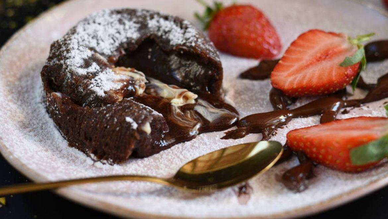 סופלה שוקולד עם טריק שמכינים ב – 5 דקות