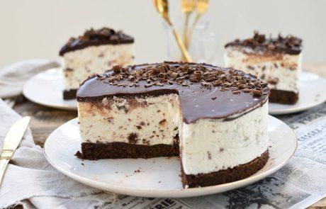 עוגת שוקולד ומוס וניל קלה להכנה