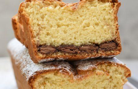 עוגת קוקוס ושני שוקולדים – לבן וחלב