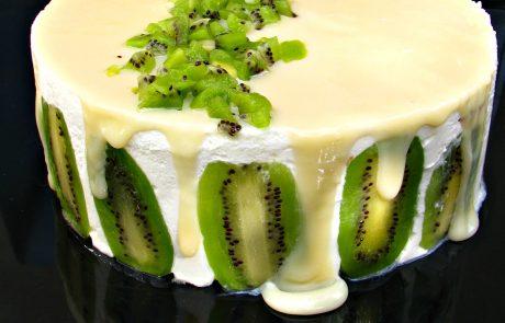 """עוגת גבינה קרה וקיווי או פרוייקט """"העוגה הראשונה שלי"""""""