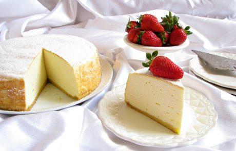 עוגת גבינה אפויה גבוהה במיוחד